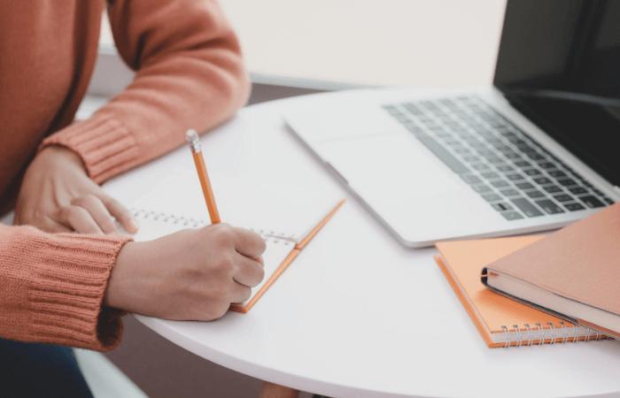 viết long form content